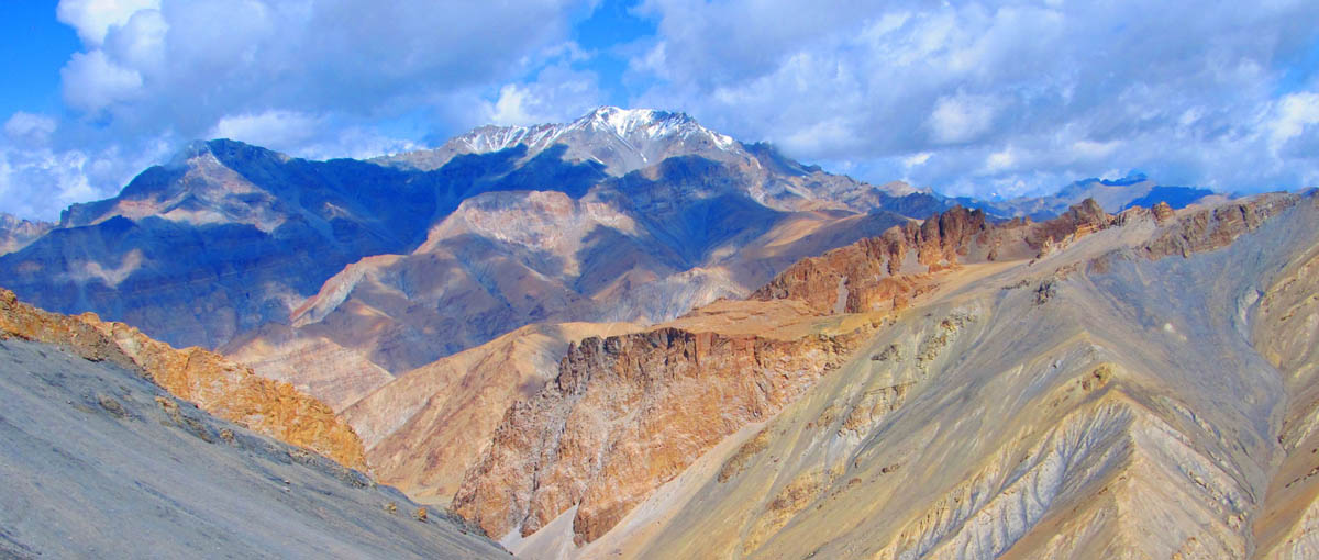 View from Zalung Karpo La Ladakh